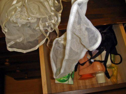 清楚な処女jk妹のタンスの中の下着盗撮エロ画像10枚目