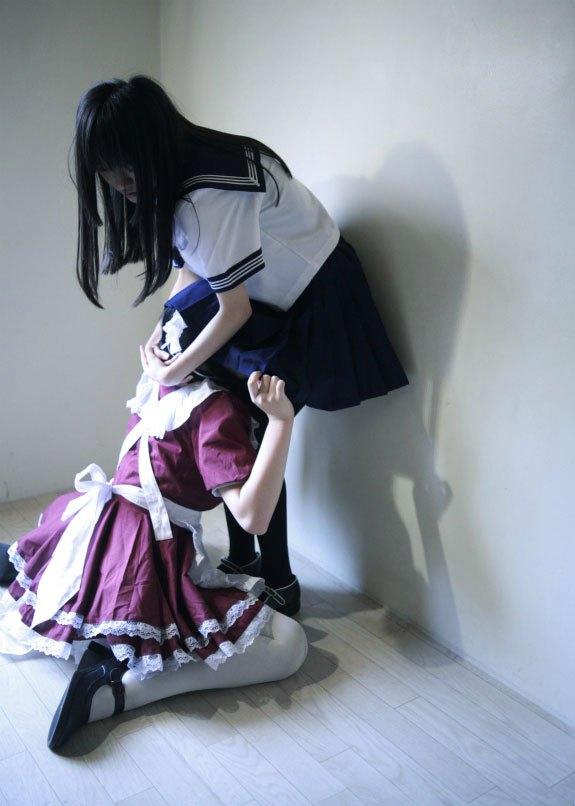 女子高生のレズクンニやレズキスありのエロ画像1枚目