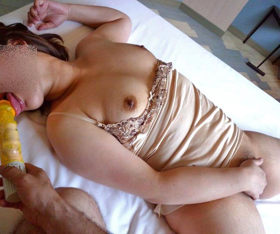 もう超熟なのにデカパイ巨乳な不倫人妻のエロ画像3枚目